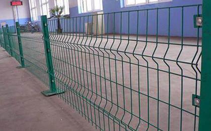 三折弯护栏网
