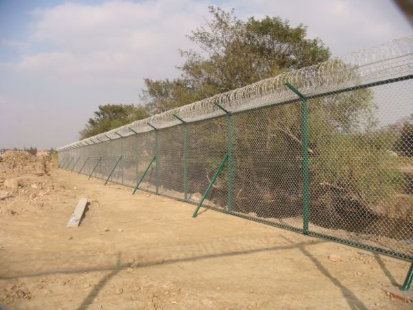 铝包钢机场围界围网