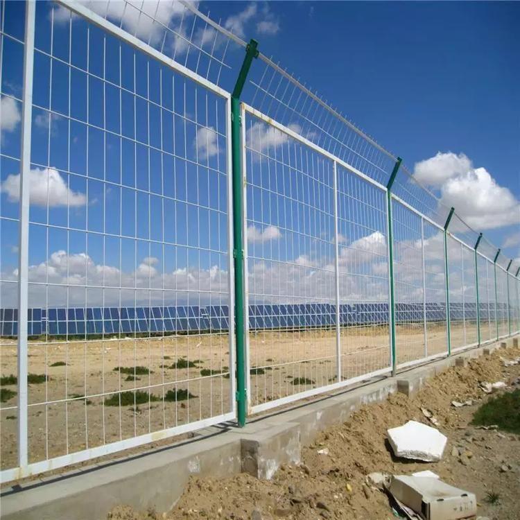 护栏网厂家如何对护栏网进行包装